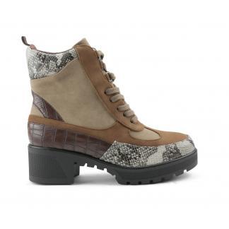 LV-3 Platform Desert Boots, Snake Bruin